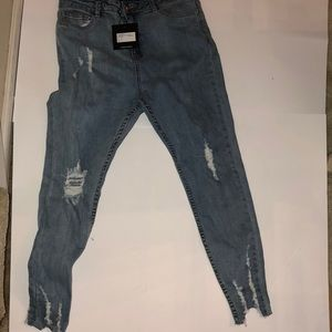 Nwt misguided frayed bottom jeans